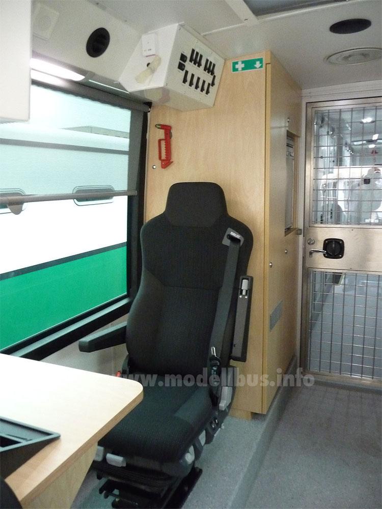 Je nach Bundesland wird entsprechend der Vorschriften der Arbeitsplatz an Bord gestaltet.