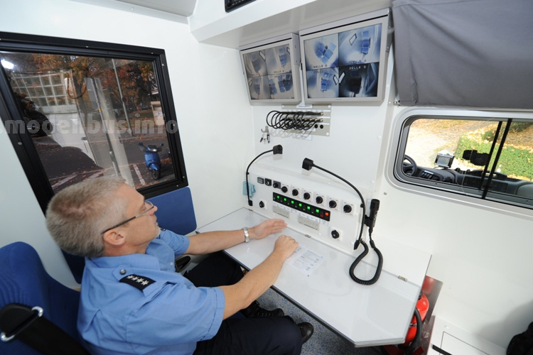 Egal ob Lkw oder Bus: Aus der Kommandozentrale an Bord wird alles überwacht.