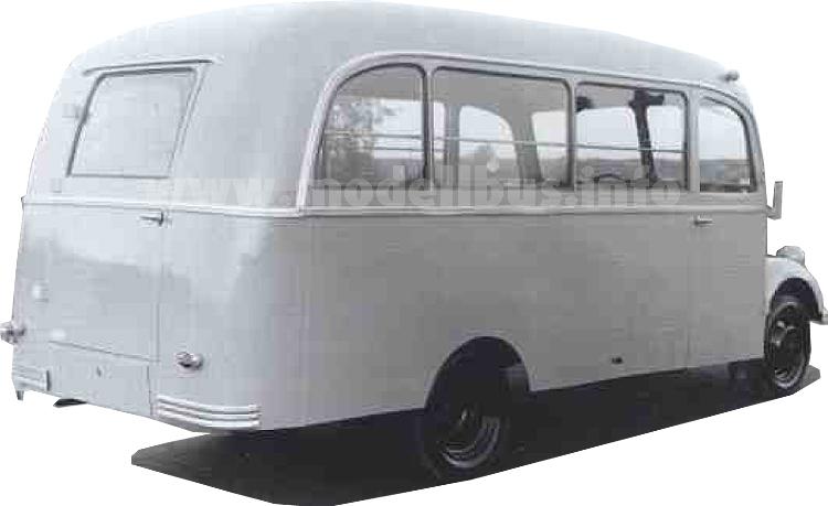 ...und der Kleinbus in der Ausführung der Deutschen Bundespost.