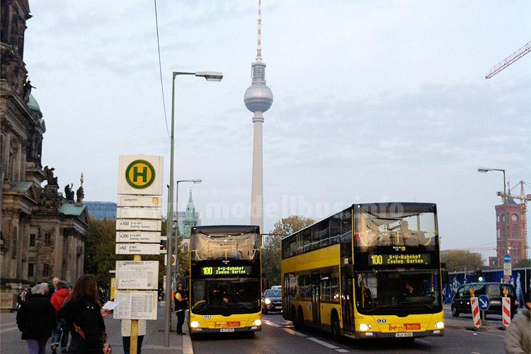 Die Linie 100 der BVG ist nicht nur bei Touristen beliebt... Foto: Schreiber