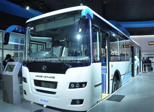 Mit dem JanBus soll der indische ÖPNV modernisiert werden.