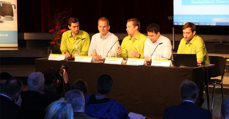 Die erste Pressekonferenz der neuen FlixBus GmbH mit ihren fünf Geschäftsführern (v.l.n.r.: Jochen Engert, Torben Greve, André Schwämmlein, Panya Putsathit, Daniel Krauss) fand im Berliner Tempodrom statt.