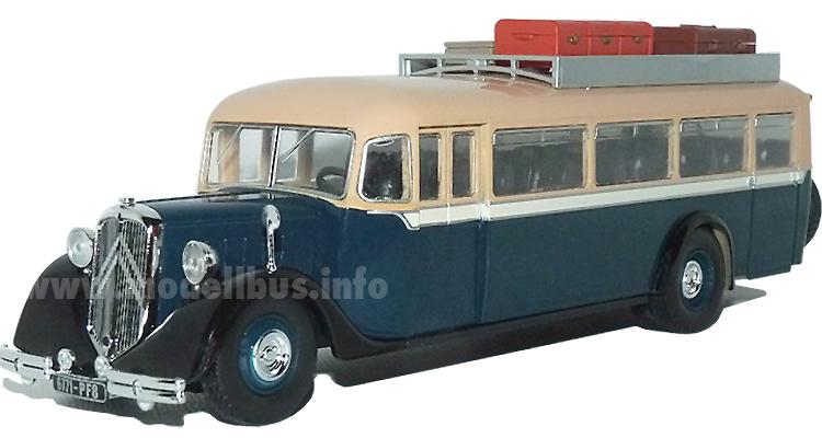Der erste Modellbus der französischen Sammelserie ist jetzt in Bayern angekommen.