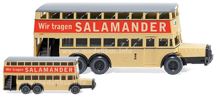 Der Wiking Doppelstockbus des D38 im Maßstab 1/160 und 1/87.