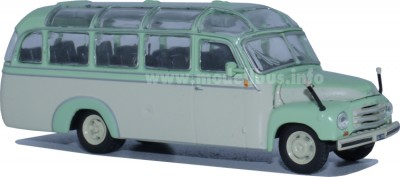 Opel-Collection mit Modellbus