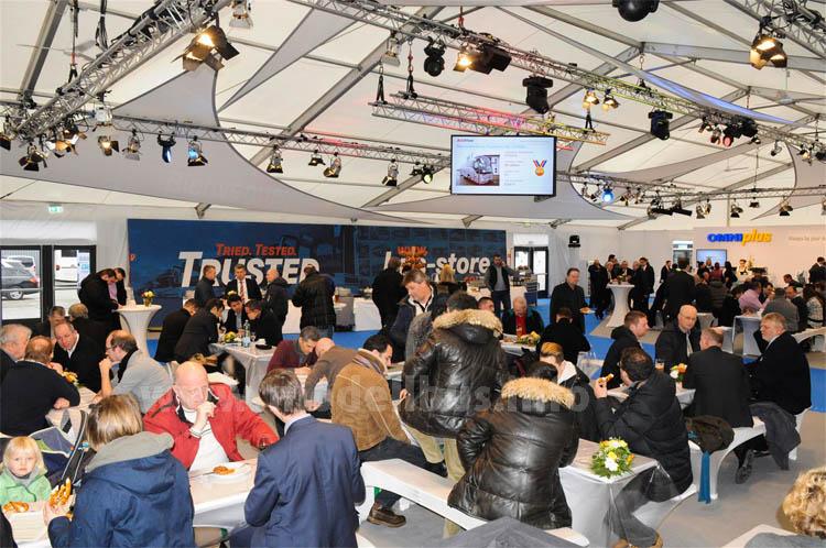 Über 1.000 Besucher bei der zweiten BusStore Show am 6. und 7. Februar in Neu-Ulm.
