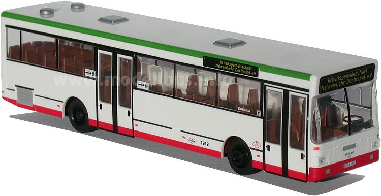 Der MAN SL 202 ist von der Arbeitsgemeinschaft Nahverkehr als Sondermodell bei Rietze aufgelegt worden.