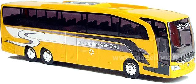 Der Mercedes-Benz Travego Safety Coach im Maßstab 1/87 aus dem MB Onlineshop.
