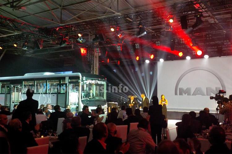 Weltpremiere mit einer Gala: Der neue MAN Lions Intercity im Werk Ankara.
