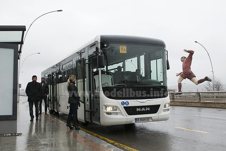 Die neue Sparbüchse von MAN: Der Lions Intercity.
