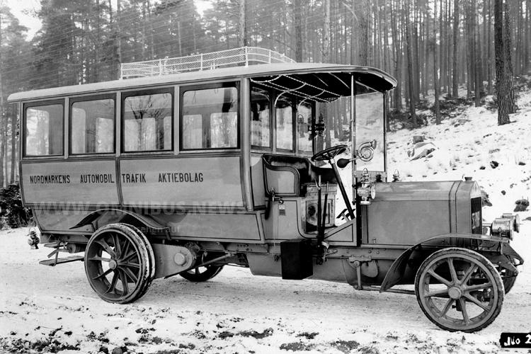 1911 stellte Scania-Vabis den ersten Motorbus Schwedens auf die Räder. Foto: Scania