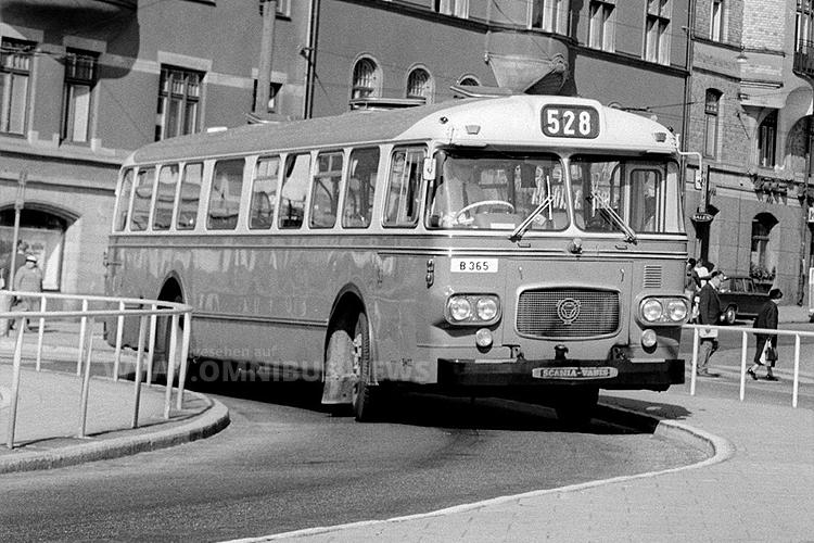 Bevor der Rechtsverkehr in Schweden eingeführt wurde, hatten die CF-Busse die Türen auf der linken Fahrzeugseite. Foto: Scania