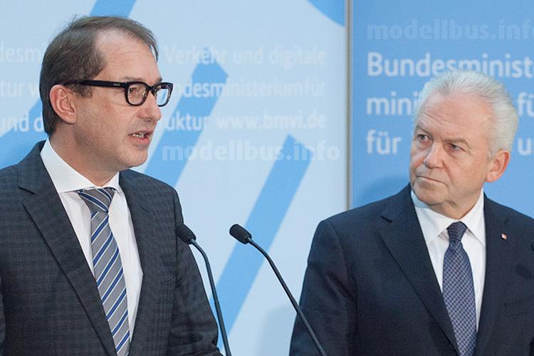 Bundesverkehrsminister Dobrindt und Bahn-Chef Grube haben unterschiedliche Auffassungen.