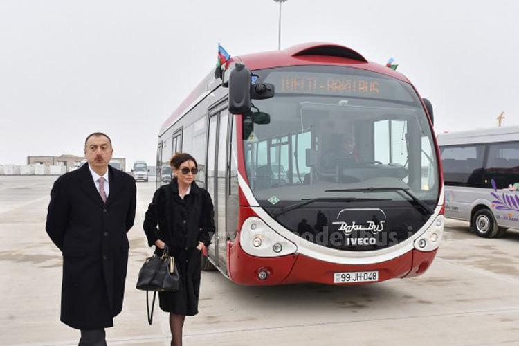 Präsident Ilham Alijew und seine Gattin, Vorsitzende des Organisationskomitees für die 1. Europaspiele in Baku, haben die neuen Fahrzeuge, den neuen Busbahnhof und das neue Schulungszentrum von BakuBus besichtigt.