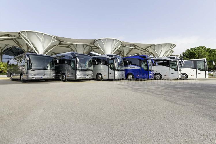 Die Tourismo-Familie im Jahr 2016: Mercedes-Benz Tourismo Range; Tourismo K, Tourismo, Tourismo M, Tourismo L, Tourismo M/2, Tourismo RH (von links). Foto: Daimler