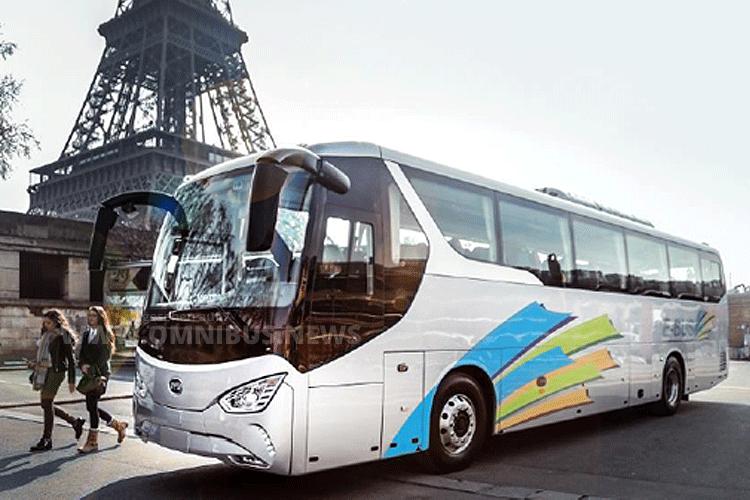 BYD startet mit dem elektrischen Reisebus C9 auf dem französischen Markt. Foto: BYD