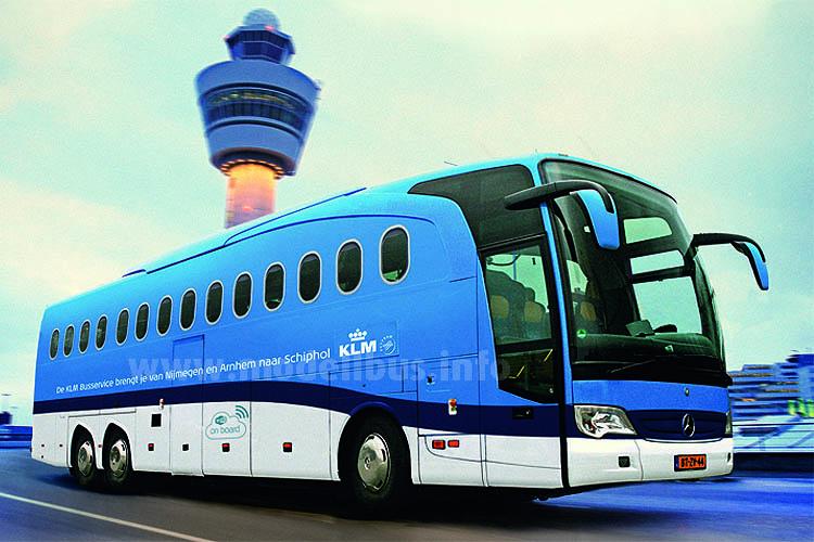 Der neue Air-Bus der KLM mit Kabinenfenstern, ...