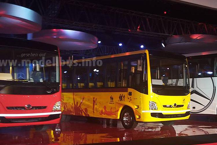 ...bis zum LowBudget-Bus und Alleskönner der Marke Bharat-Benz breit aufgestellt.
