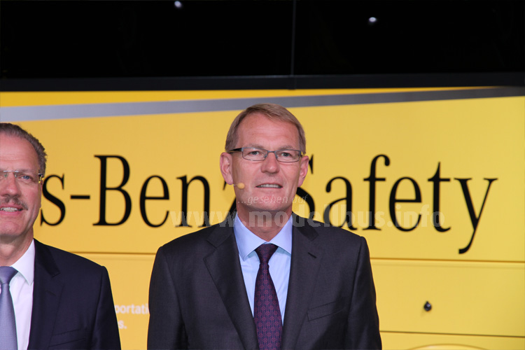Mit Sicherheit erfolgreich: Hartmut Schick und Daimler Buses.