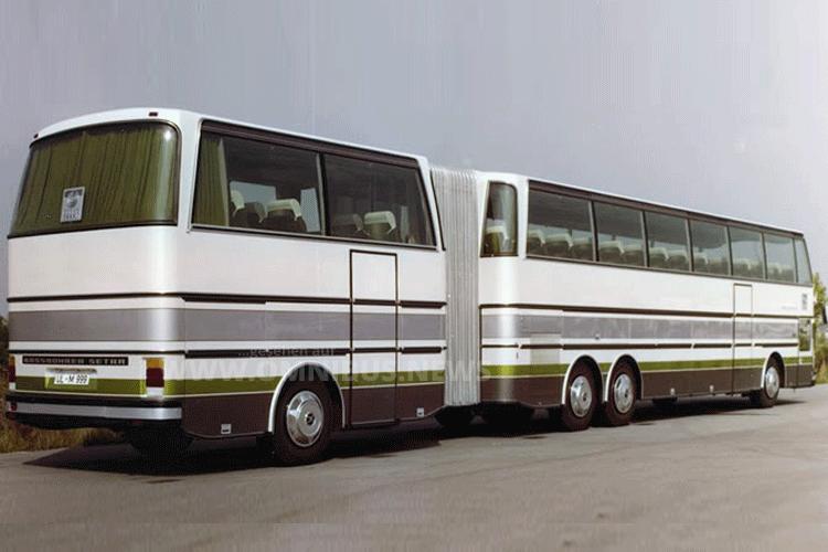 Der SG 221 HDS in seiner ursprünglichen Lackierung, wie er 1979 auf der IAA in Frankfurt gezeigt wurde. Foto: Kässbohrer