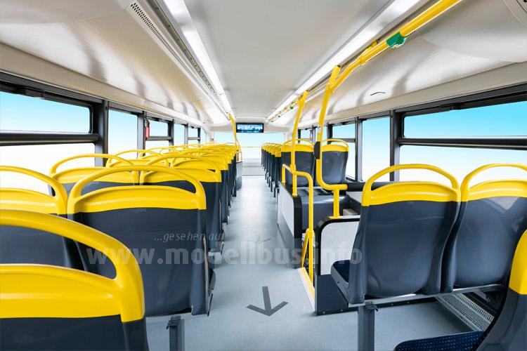 Das Oberdeck präsentiert sich licht und hell, zudem gibt es USB-Anschlüsse an den Sitzplätzen.
