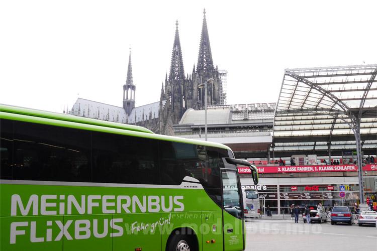 Zum Erhalt des ZOBs in Köln in der City gibt es eine E-Petition.