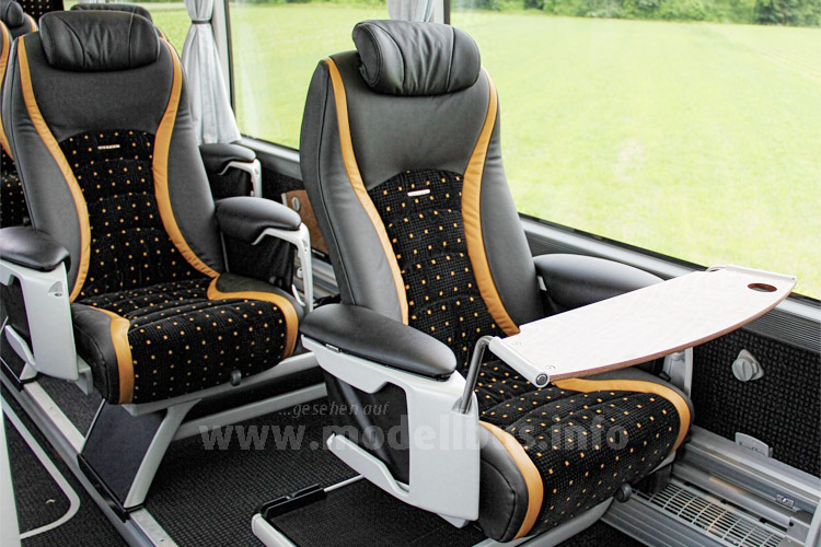 Das Busunternehmen Marti aus Kallnach bei Bern ist Vorreiter der  1+1-Bestuhlung in der Schweiz.