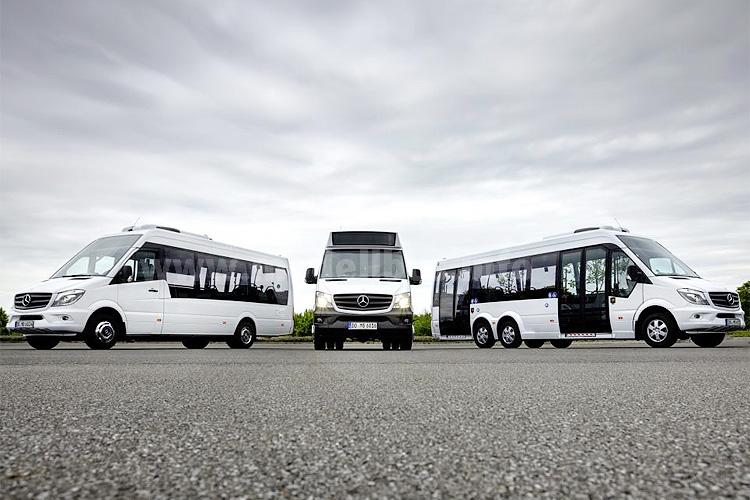 Von September bis Dezember auf dem Weg zum Kunden: MB Minibusse.