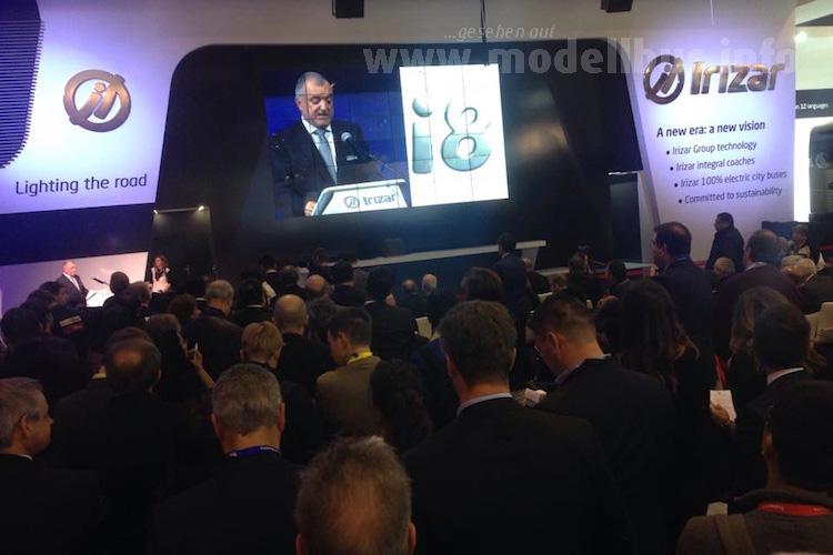 Viel Zuspruch bei den Pressekonferenzen des ersten Tages: Irizar feierte die Premiere des i8.