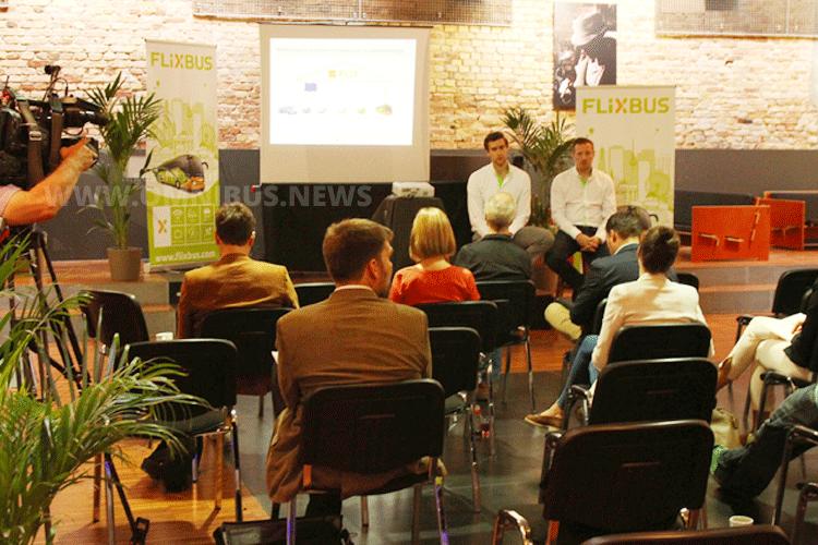Am 30.6. gab FlixBus auf einer Pressekonferenz die Details zur Übernahme der megabus.com-Linien bekannt. Foto: Schreiber