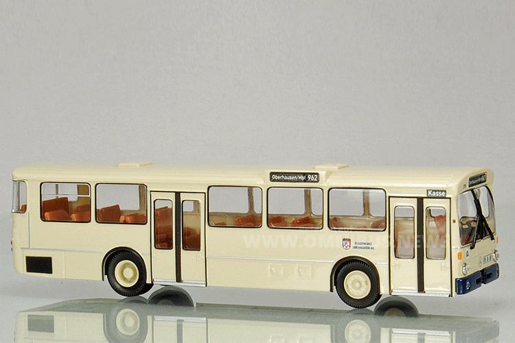 MB O 305 in den Farben der StOAG. Foto: Menzels Lokschuppen
