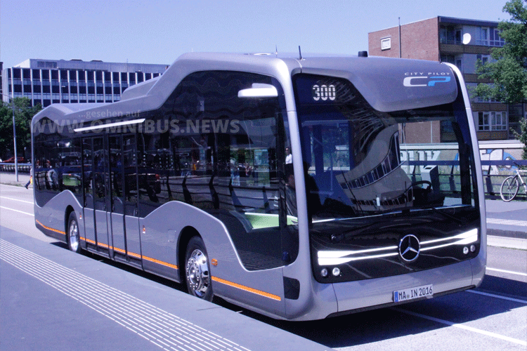 Daimler Mercedes-Benz Future Bus