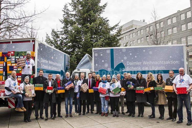 15.000 Weihnachtsgeschenke für Kinder in Not.