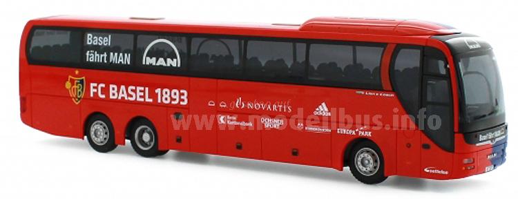 Rietze hat den Mannschaftsbus des FC Basel 1893 für MAN aufgelegt.