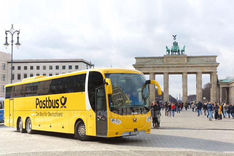 Die Deutsche Post verkauft die gelben Fernbusse an FlixBus. Foto: Postbus
