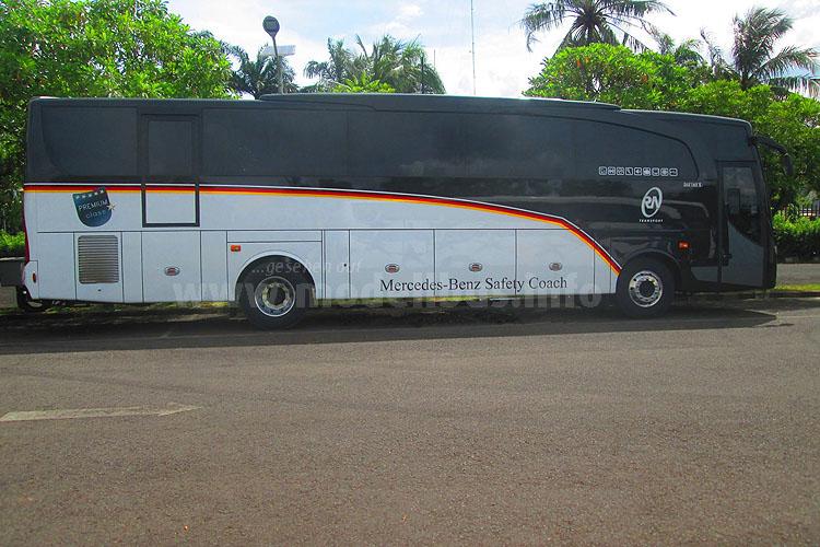 Trainingslager mit altem Mannschaftsbus?