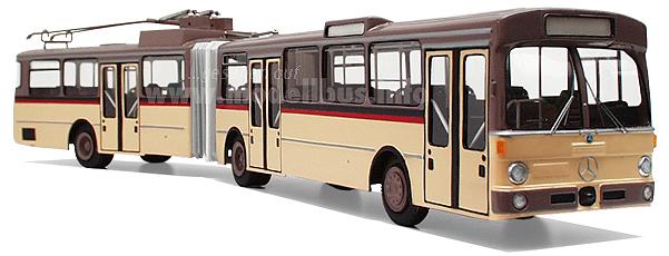 Ganz schön auf Draht: Der Trolleybus Mercedes-Benz O 305 GTD.