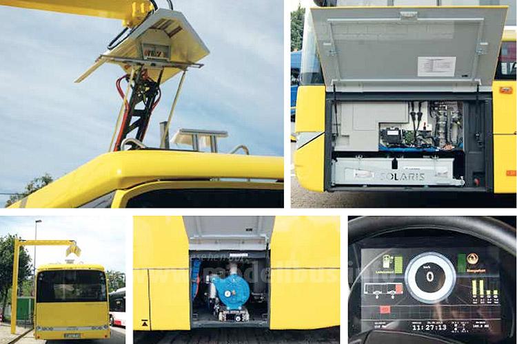 Der Elektrobus wird über einen Pantographen geladen.
