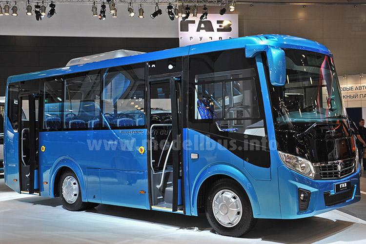 In Russland gibt es auch einenarkt für Kleinbusse, wie zahlreiche Exponate in Moskau bewiesen.
