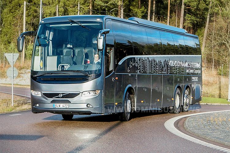 Das Foto zeigt den Reisebus Volvo 9900, in dem sich VDS bereits bewährt hat. Auf der IAA Nutzfahrzeuge 2016 stellt Volvo das VDS-System jetzt auch in den Stadt- und Überlandbussen vor. Foto: Volvo