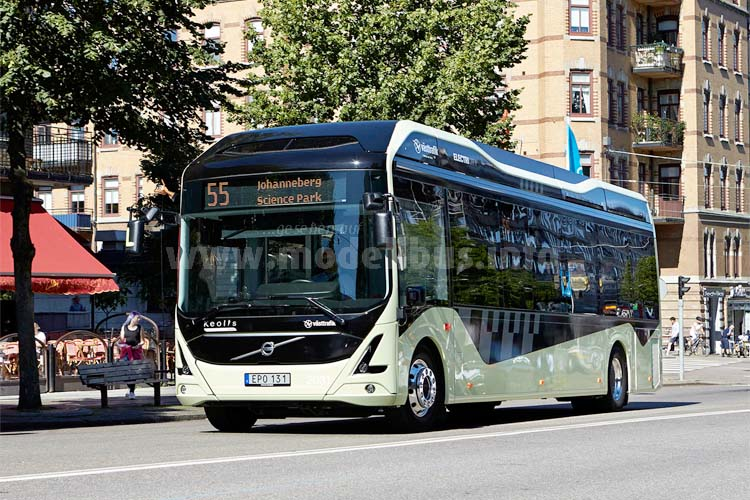 Der Elektrobus von Volvo beim ElectriCity-Projekt auf der  elektrifizierten Buslinie 55.
