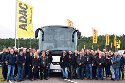 ...gab es auch Theorie: Die Bus Challenge 2015 war eine gelungene Veranstaltung.