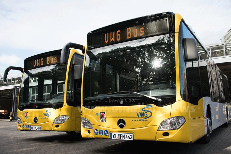 io durch und durch: Mit der Umstellung des Omnibus-Fuhrparks auf Bio-Erdgas-Antrieb reduziert die Stadt Oldenburg den jährlichen CO2-Ausstoß um 9 500 Tonnen gegenüber dieselbetriebenen Fahrzeugen. Foto: Daimler