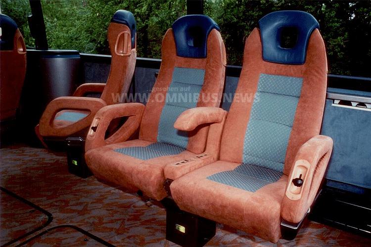 Ein neues Stuhlkonzept wartete im Innern der Setra-Studie von 1992. Foto: Setra