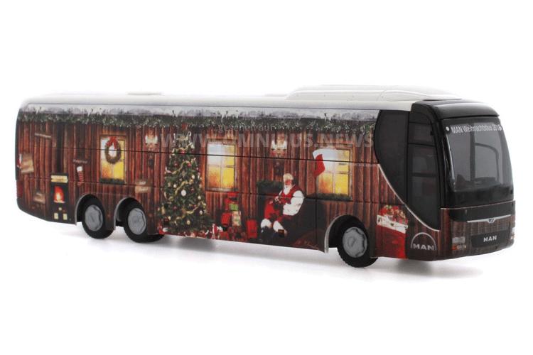 Der traditionelle Weihnachtsmodellbus von MAN ist da! Foto: Rietze