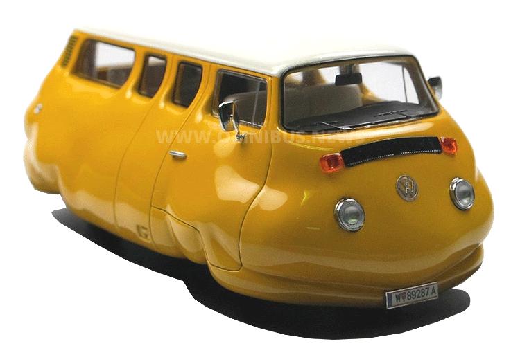 Erwin Wurm T2b Currywurst-Bus