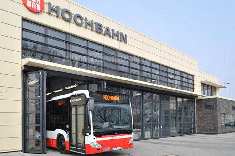 Flüchtlinge als Busfahrer
