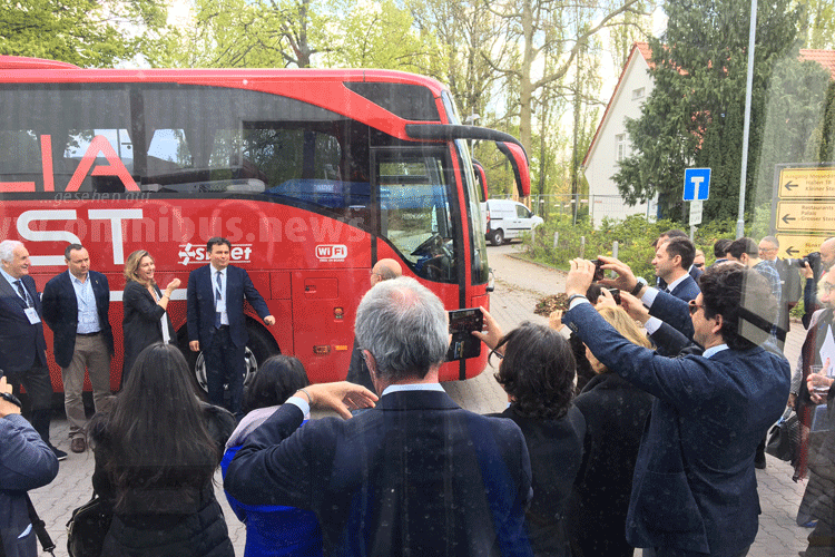 Neuer Fernbus-Riese?