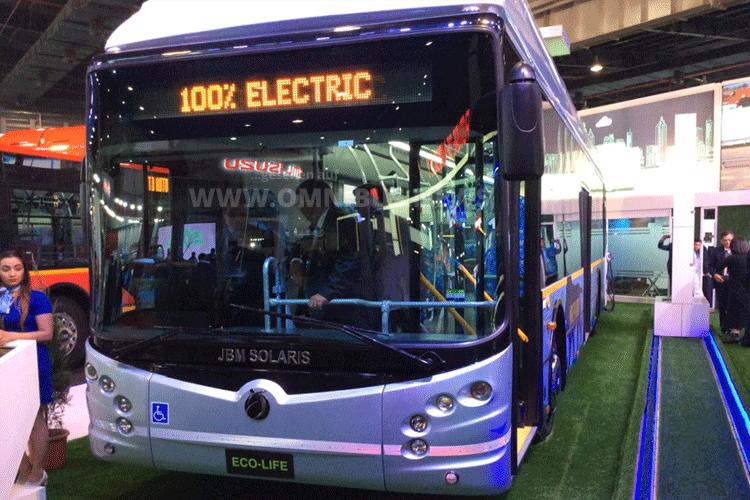 Indischer E-Bus