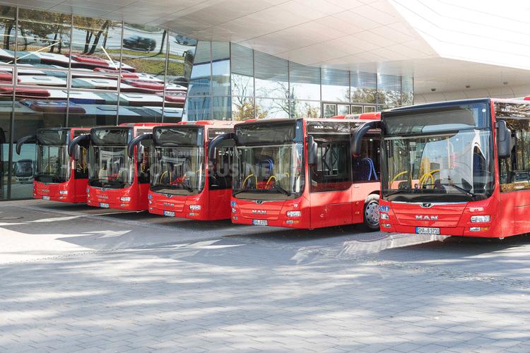 1.000 Bahn-Busse
